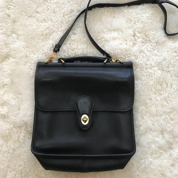 9e17e9c276b9 Vintage Coach Willis Handbag